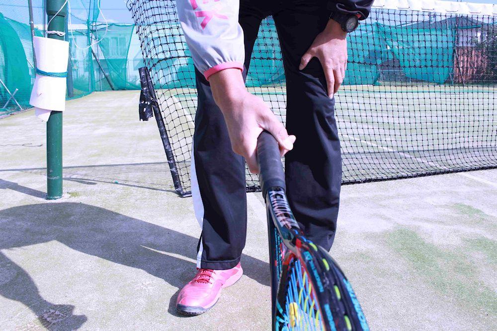 サーブ テニス ラケット 持ち方 イースタン