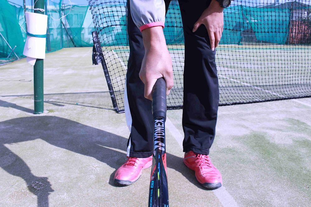 サーブ テニス ラケット 持ち方 コンチネンタル