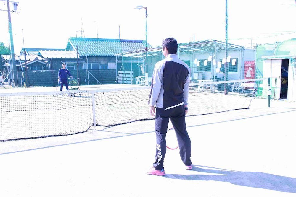 テニスストローク上達 初心者